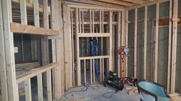 D4_Framing_inner_walls.jpg